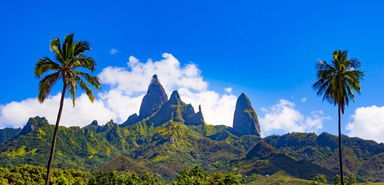 Montagne et palmiers croisiere iles marquises