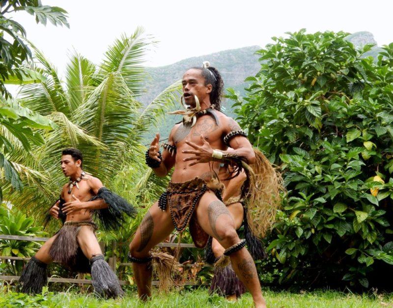 chant et danse croisière dans les îles Marquises