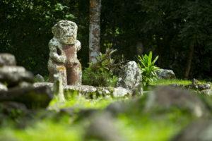 polynesische Tikis Hiva Oa Kreuzfahrt Marquesas Inseln